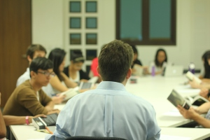 "President Pericles Lewis leading seminar discussion in the course ""Joseph Conrad and Southeast Asia"""